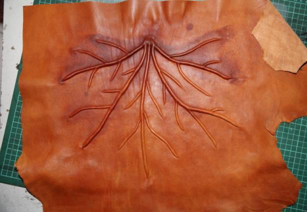 Поделки из кусочков кожи своими руками